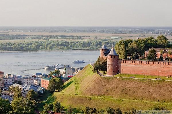 Nižnij Novgorod e le mura del Cremlino